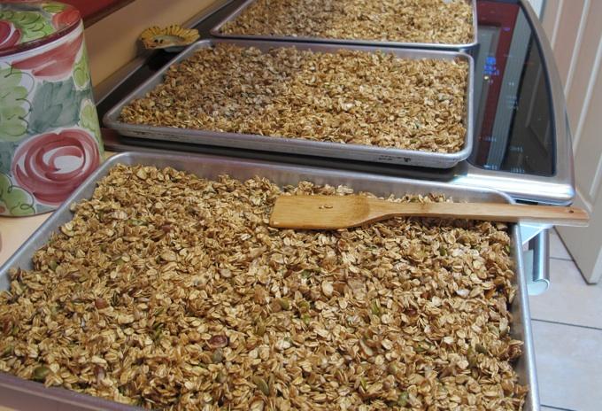 Baking healthy granola from SpatulaQueens.com
