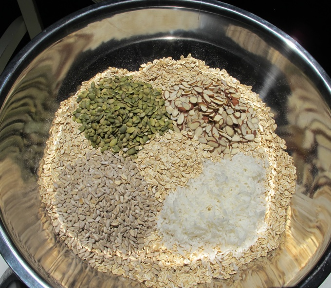 Healthy Granola bowl from SpatulaQueens.com