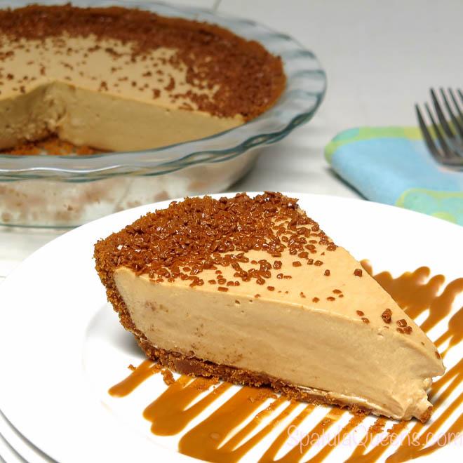 Creamy and crunchy Biscoff Pie