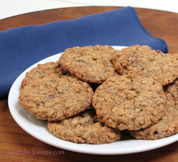Crunchy chewy oatmeal cookies