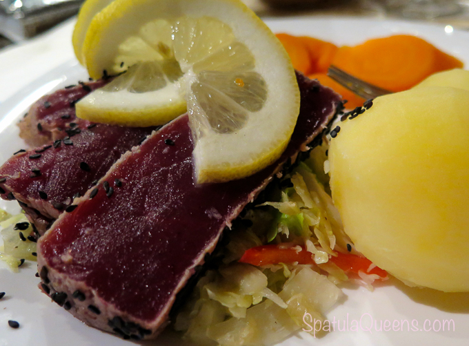 Road Trip Azores: Seared tuna, Faial, Azores