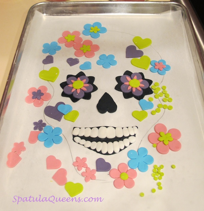 Fondant decorations, ready to apply to skull cake